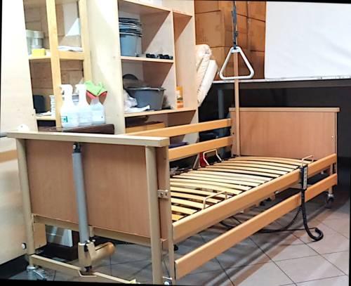 Bardzo dobryFantastyczny Używane łóżko elektryczne rehabilitacyjne dla seniorów www.sklep UK34