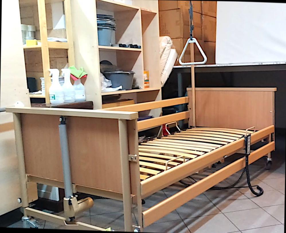 Używane łóżko Elektryczne Rehabilitacyjne Dla Seniorów